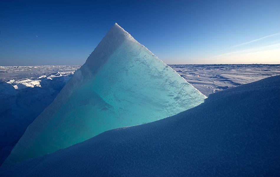 Eisscholle im Packeis am Nordpol