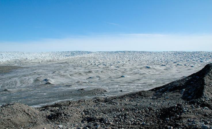 Der grönländische Eisschild ist die zweitgrösste Eisdecke und Süsswasseransammlung weltweit.